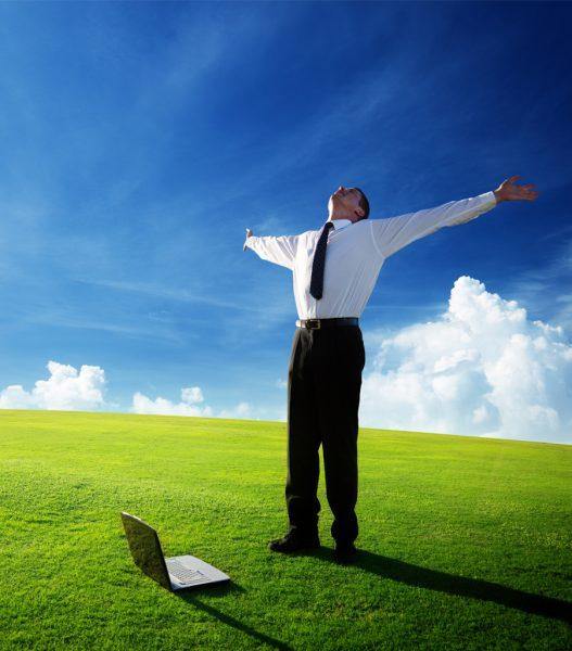 Business Mann Natur Uebung2 900x1024 e1489787438936 Führungskräfte & Teams